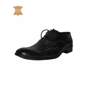 black-cap-toe-shoes-for-men-in-kenya