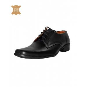 lace-up-black-shoes